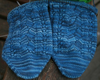Merino_lace_socks_progress_2